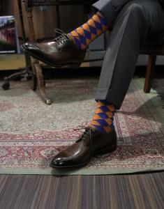 яркие носки