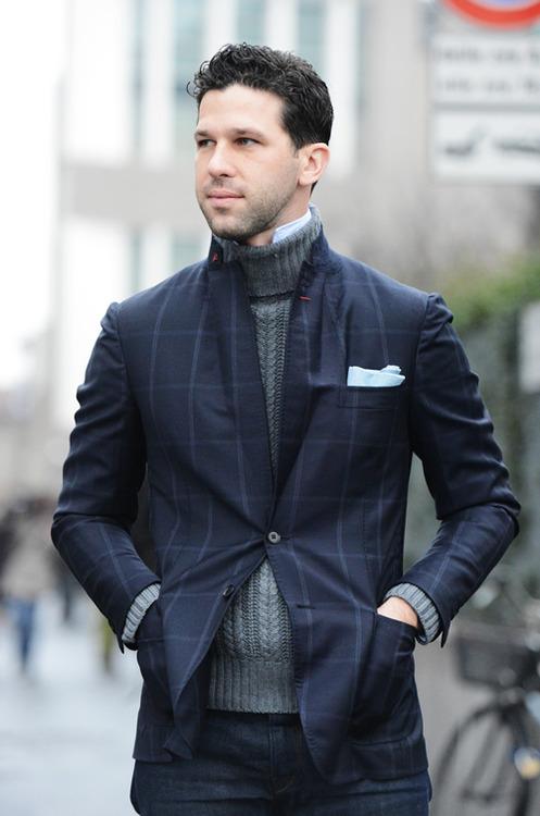 пиджак со свитером и рубашкой