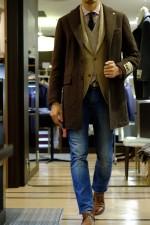 Вопрос-ответ: джинсы с галстуком