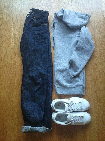 свитшот джинсы кроссовки нормкор