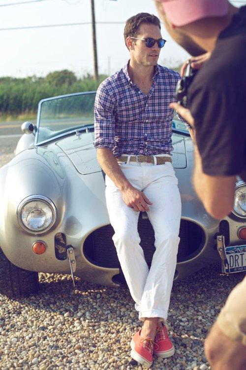Комплект белые брюки красные car shoes