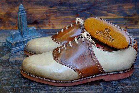 Двухцветные мужские ботинки