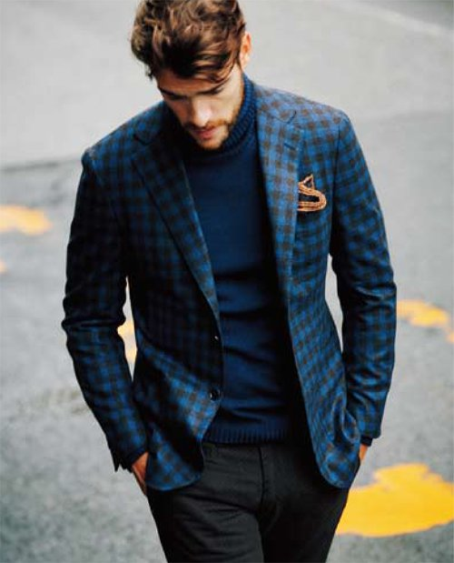 Свитер с высоким горлом под пиджаком