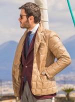 Вопрос — ответ: можно ли носить короткую куртку поверх пиджака?