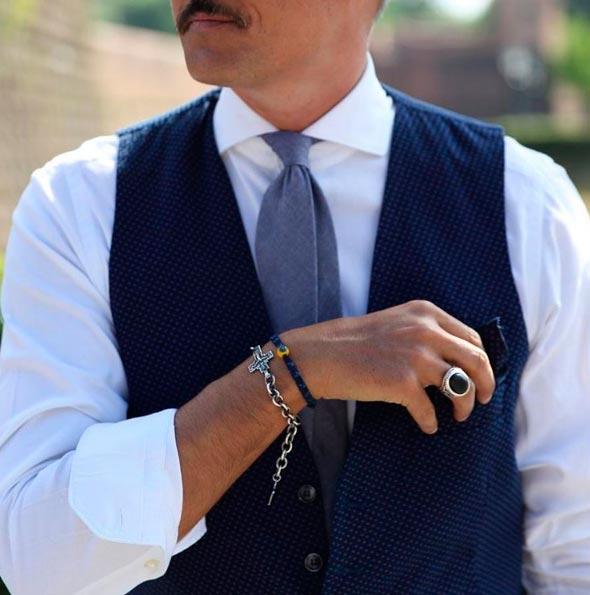 Браслеты-перстень-жилет-галстук