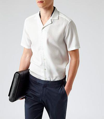плоский-воротник-рубашки-смарт-кэжуал