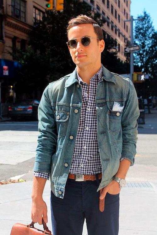 Платок-в-кармане-джинсовой-куртки