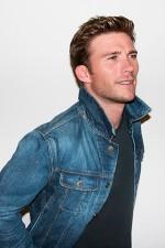 Как носить джинсовую куртку
