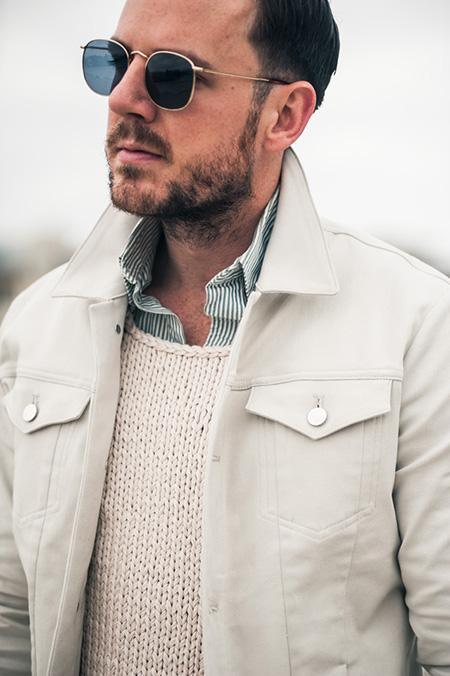 белая-джинсовая-куртка