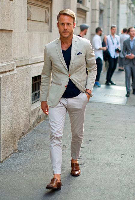 Сочетание-белых-оттенков-в-одежде