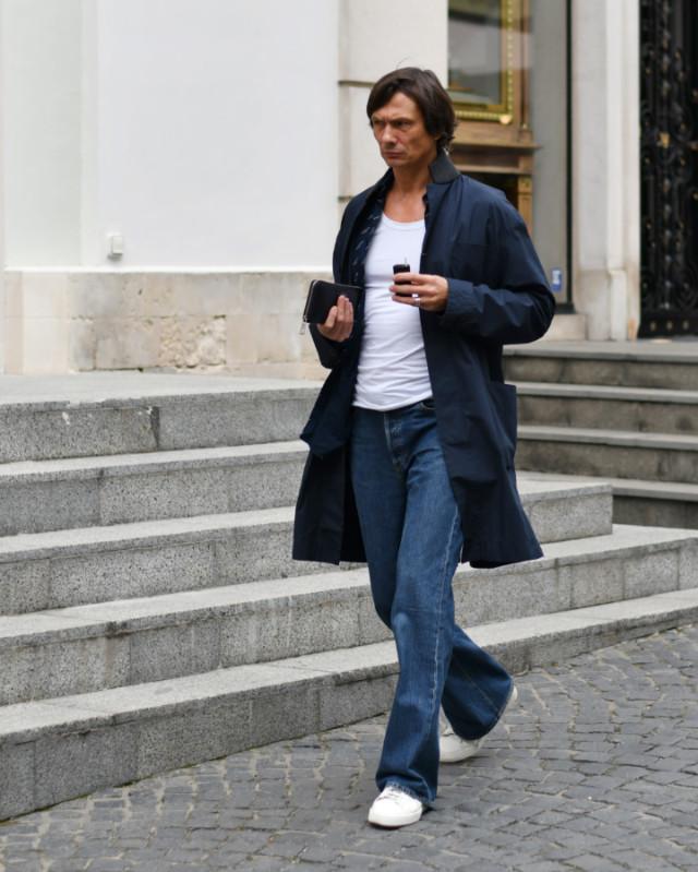 Мужские джинсы клёш Баленсиага