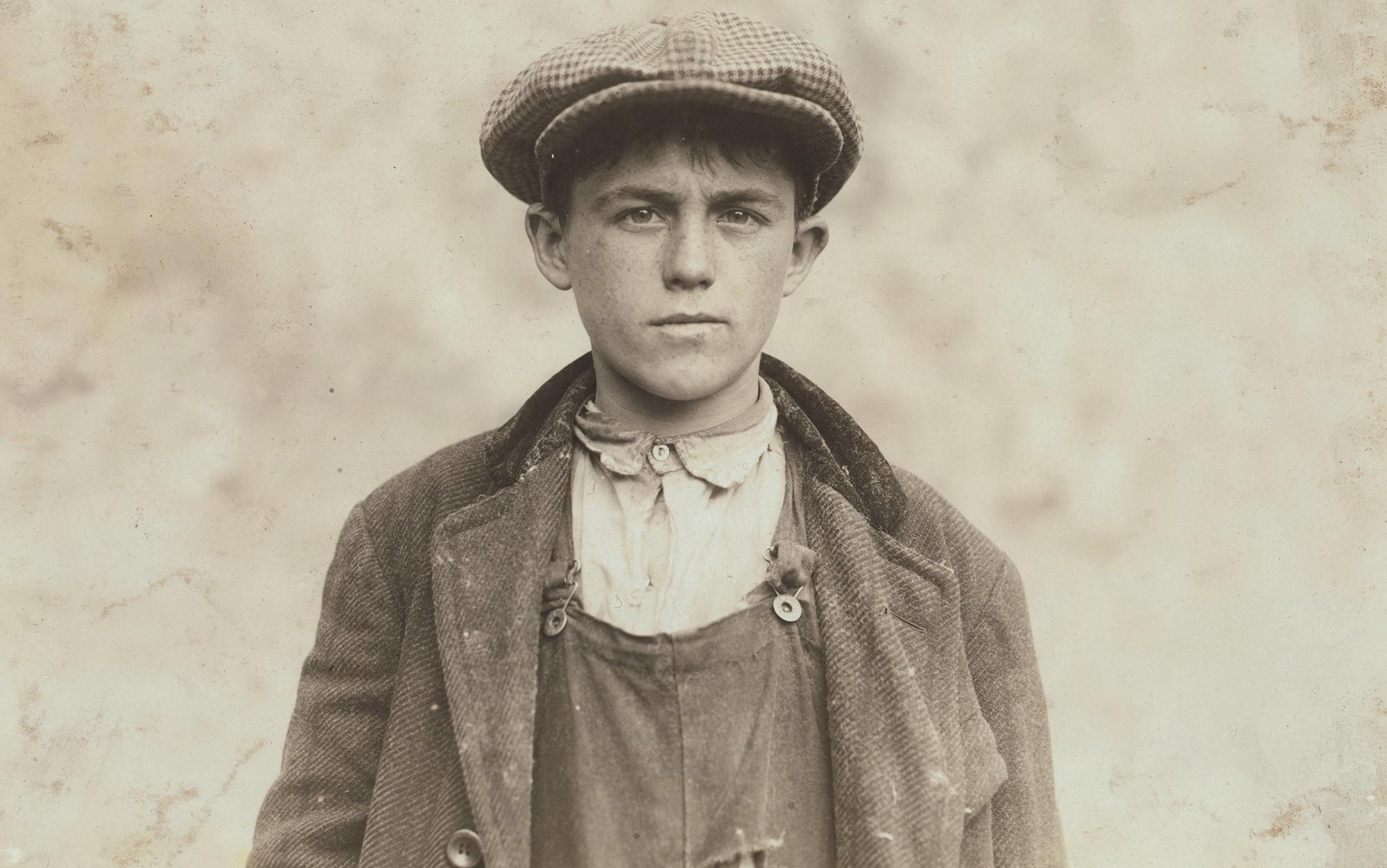 Джеймс Донован, уборщик на металлургическом заводе в Фолл-Ривер, Массачусетс, США, 1916 г.