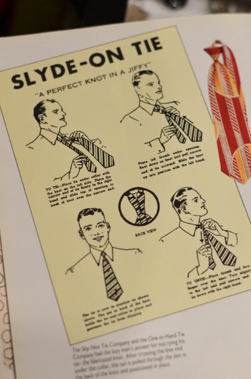 Искусственный узел галстука slide on